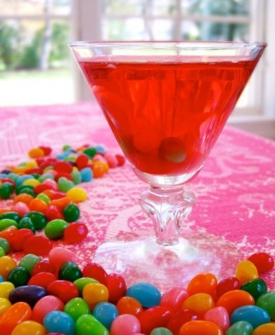 How to make a jelly bean cocktail