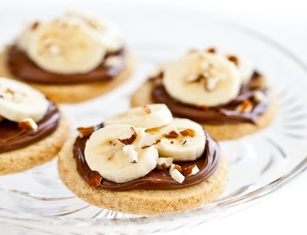 Bananas, Almonds and Nutella Shortbread Cookies Recipe
